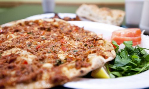 A Look At Some Delicious Traditional Lebanese Pizza Toppings