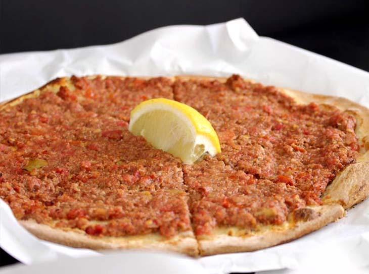 Lebanese pizza