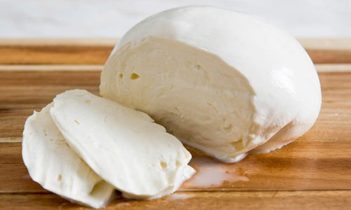 The Story of Mozzarella: Pizza's Best Friend